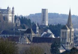 Lisieux : Croix de saint André, porte du Ciel